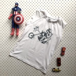 Boys size 6 QUICKSILVER white muscletee or tanktop